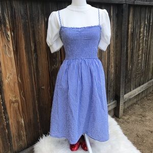 Dorothy Costume - White Puffy Sleeve Shirt & Dress